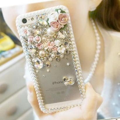 Pearl rhinestone flowers Hard Back Case Cover for iphone 6s case,iphone 6s plus case,iphone 6c case,iphone 5case,iphone5scase,iphone7 case,iphone 6 case,iphone 6plus case,samsung galaxy s4 case,samsung galaxy s5case,samsung galaxy s6 case,samsung galaxy s6 edge case,samsung galaxy note10 case,samsung galaxy note4 case,samsung galaxy note5 case.