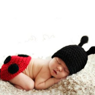 Beetle two - piece Hand knitted wool clothes photo prop one hundred days newborn baby photography baby clothes joker pictures clothes