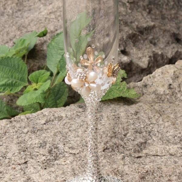 Flower Crystal champagne flutes a pair with crystal base and moving crystal stem red wine toasting glass